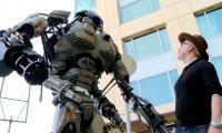 Gigantyczny robot na Comic Con 2013