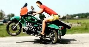 Kompilacja wypadków na motorach