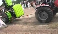 Bezlitosne walki traktorów