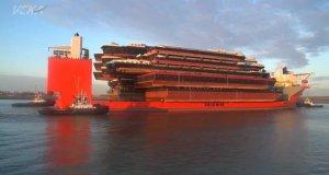 Statek-gigant