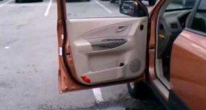 Wskakuj do samochodu!