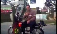 Hardkorowiec na motorze