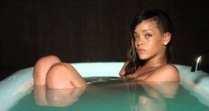Rihanna - teledysk bez muzyki
