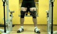 Akrobata na siłowni