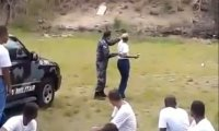 Niebezpieczna lekcja rzucania granatem