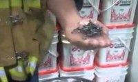 Spalanie magnezu w dłoni