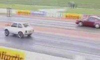 Fiat 126p vs Porche 911