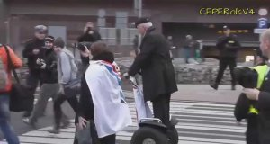 Korwin-Mikke - They see him rollin'