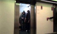 Mistrz Jedi w windzie