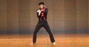 Tańczący mim