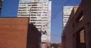 Skok z dachu