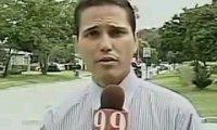 Reporter wymawia swoje imię w bardzo charakterystyczny sposób