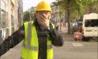 Ukryta kamera - robotnik z wiadrem