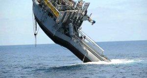 Statek zmieniający się w stację badawczą