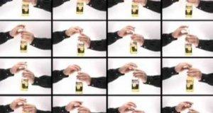 Granie na butelkach