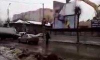 Rozbiórka budynku z gracją Rosjanina