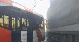 Wypadki na drodze z udziałem ciężarówek