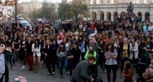Warszawski Flashmob z Gangnam Style