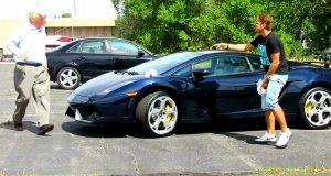 Żart z kupą na Lamborghini poszedł bardzo źle
