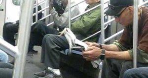 Czyszczenie obuwia w metrze
