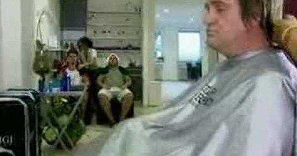 umawianie się z memem fryzjera