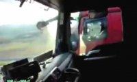Polski kierowca wyprzedza