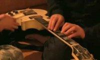 Gitara i ołówki