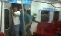 Jak się wchodzi do metra w Wenezueli