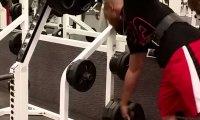 Jak być draniem na siłowni