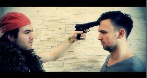 Amerykański trailer w wykonaniu Abstrachuje