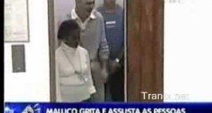 Głupek w windzie