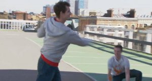 Magia z rakietą tenisową