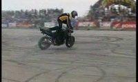 Motocyklowe triki