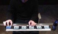 Zastąpił pianino