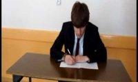10 rzeczy, których maturzyści nie powinni robić podczas egzaminu.