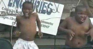 Szaleni nigeryjscy tancerze