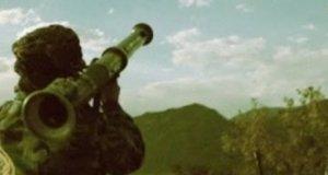 Rebelianci celnie strzelają z wyrzutni rakiet