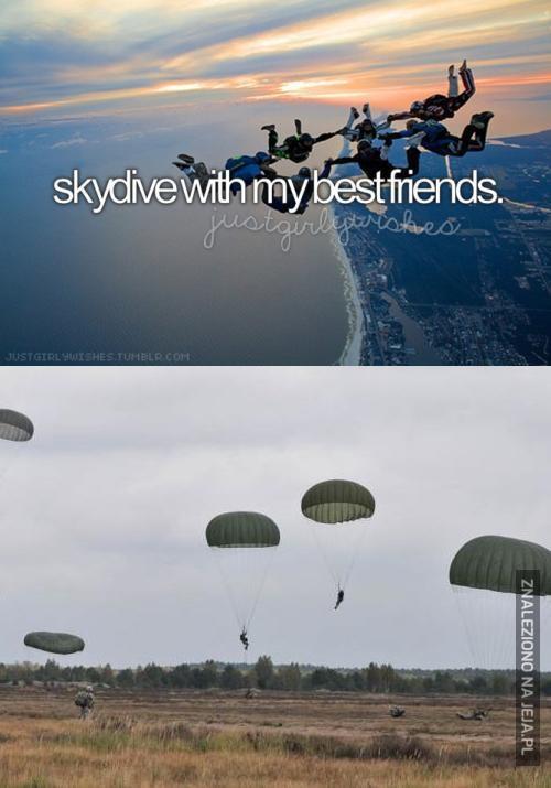Skok spadochronowy z przyjaciółmi