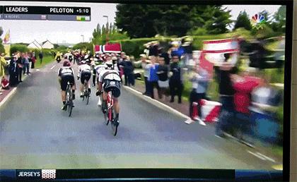 """""""Street painting""""  na Tour de France"""