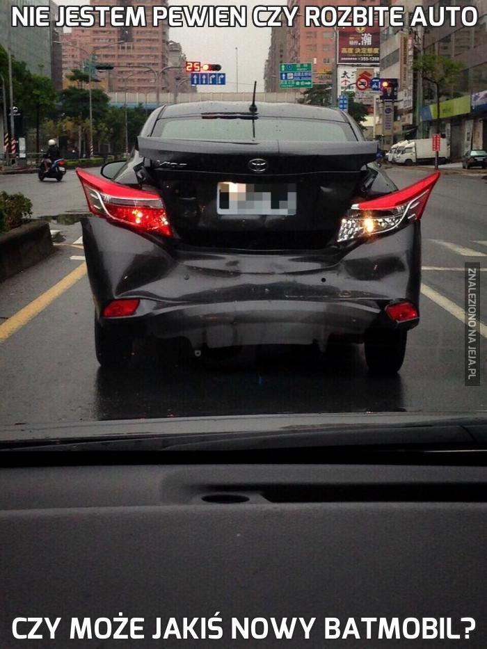 Nie jestem pewien czy rozbite auto