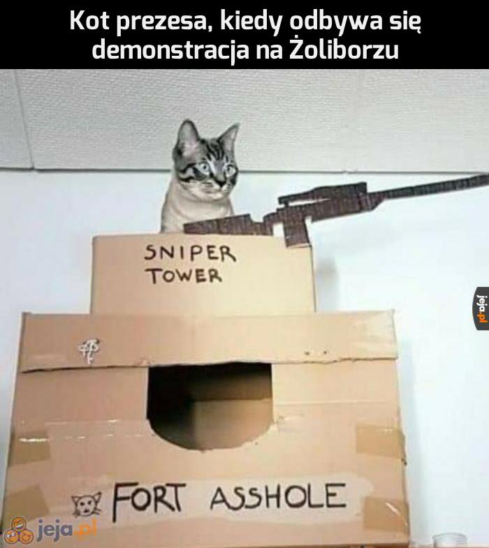Musi bronić domu