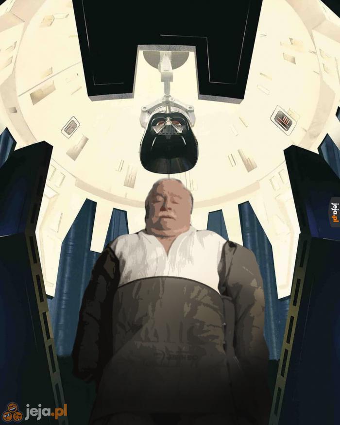 Wałęsa leci ratować konstytucję w innych galaktykach