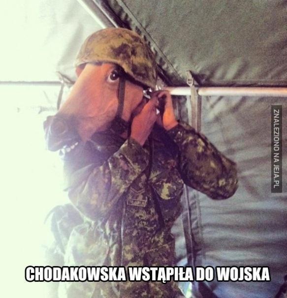 Chodakowska wstąpiła do wojska