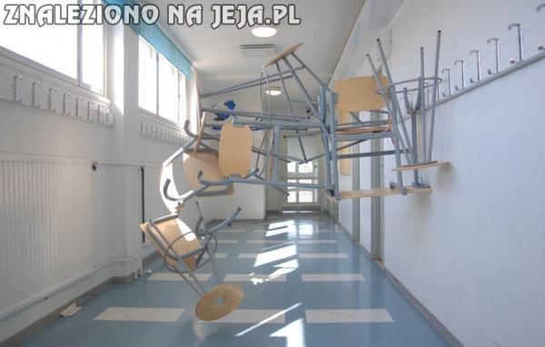 Szkoła rozwija myślenie abstrakcyjne