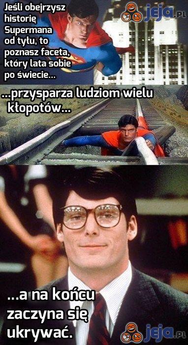 Superman od tyłu