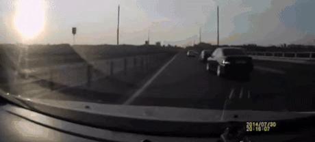 Kaskader na autostradzie