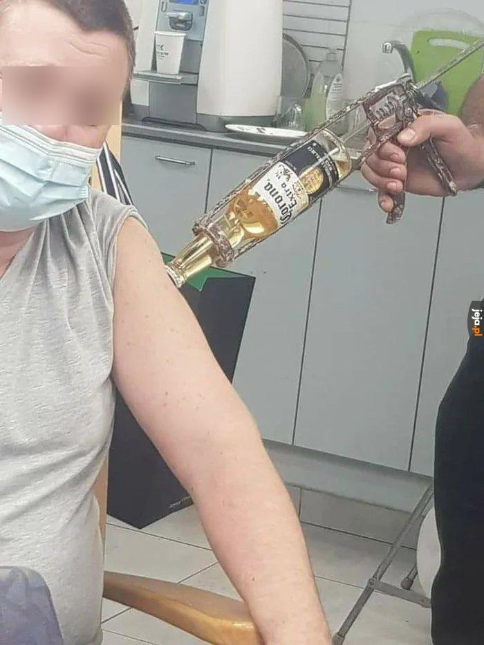 Rząd nie mówi co tak naprawdę jest w szczepionkach