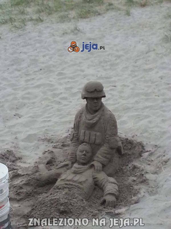 Niesamowita rzeźba z piasku