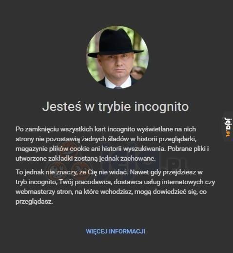 Andrzej patrzy