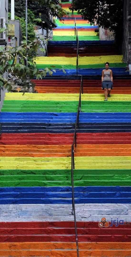 Kolorowe schody w Turcji